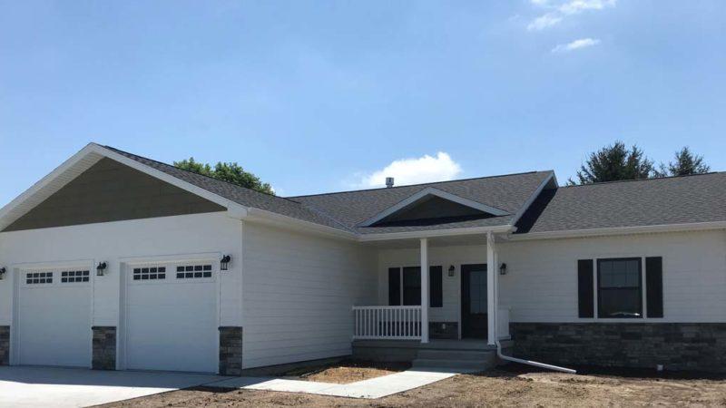 #2153.<BR>  330 Cottage Park Drive, Aurora  — $329,000
