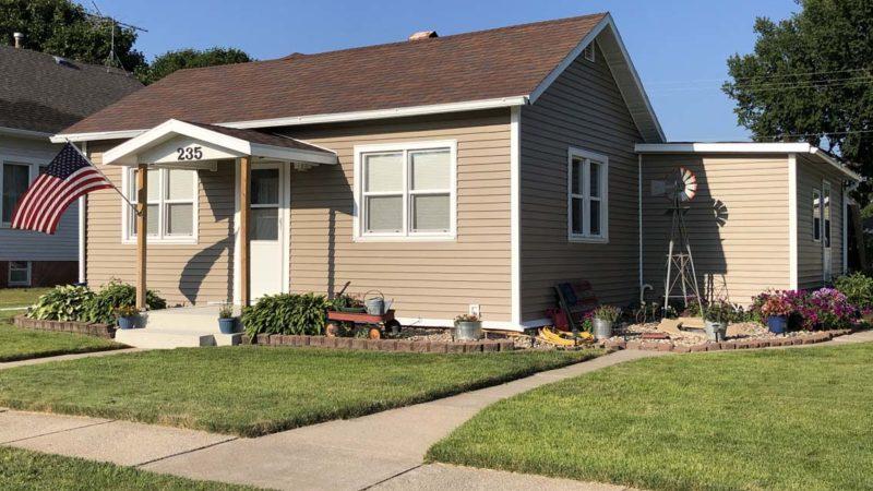 #2183.<BR>  235 North 3rd, Hampton — $98,000